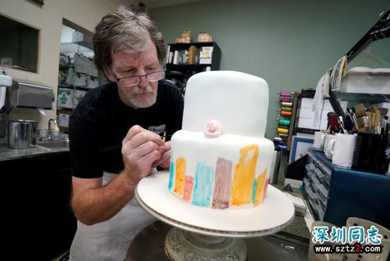 那个拒绝服务同性恋的蛋糕师,千万网友竟为她点赞