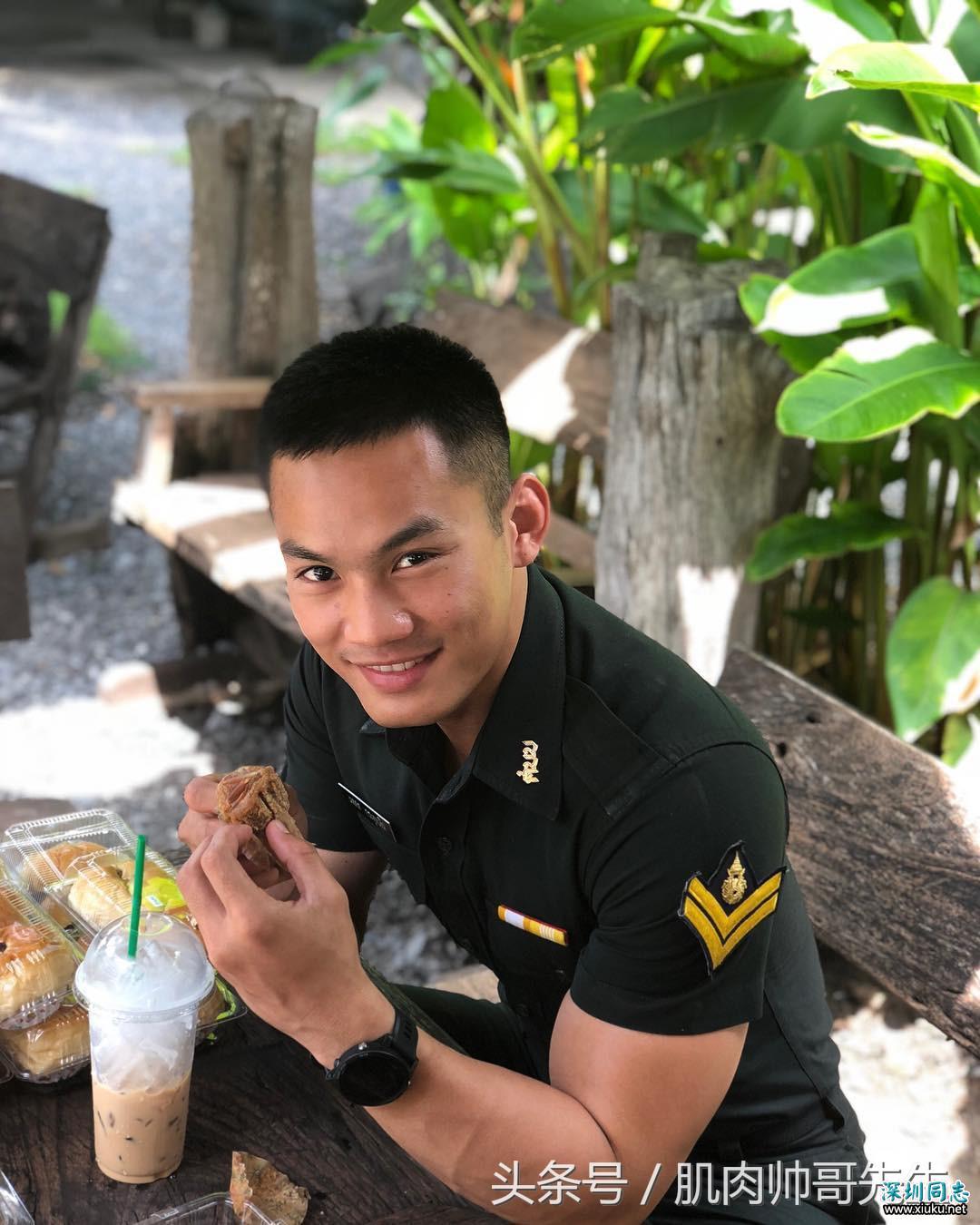 泰国肌肉帅警察,性感又不失男人味