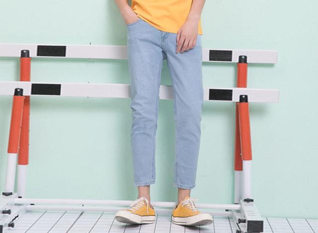 牛仔裤怎么搭?时髦单品让潮流玩不停!
