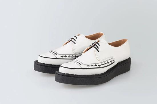 如何让一个男人在几分钟内 爱上尖头皮鞋?